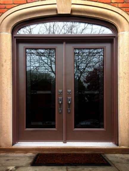 double door with rounded transom